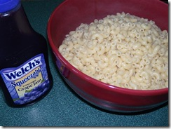 grape jam and macaroni1