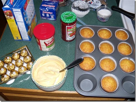 spaghetti and meatball cupcakes prep