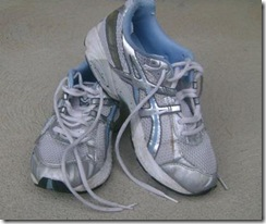 Smelly Sneaks, asics sneakers, running shoes, walking sneakers, asics shoes